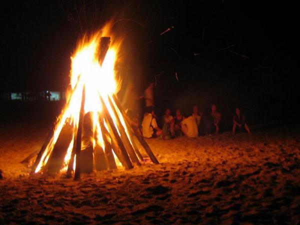 Ngủ mơ thấy lửa cháy dự báo điềm gì?