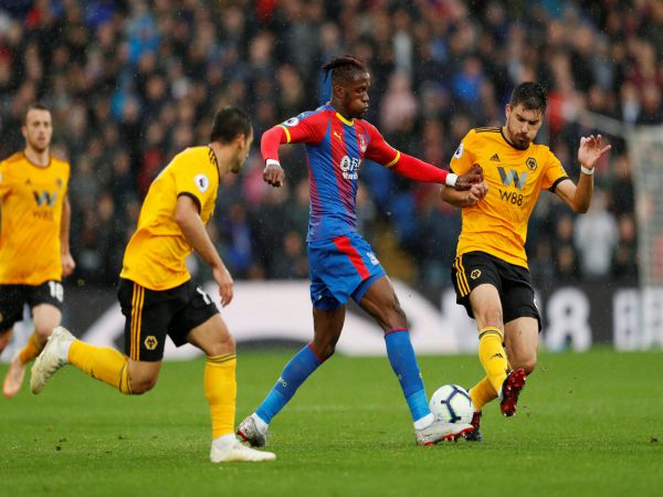Soi kèo Wolves vs Crystal Palace