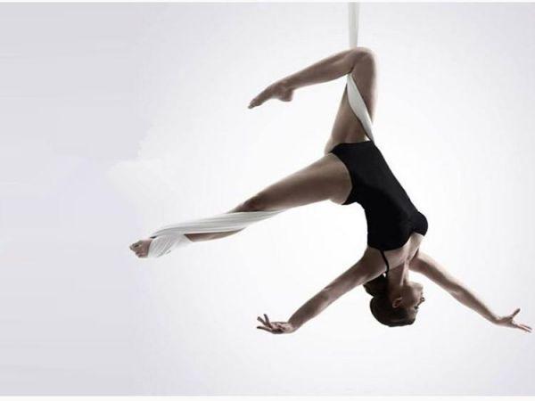 Yoga bay là gì - Lợi ích và những lỗi cần tránh khi tập yoga bay